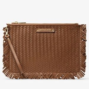New MICHAEL KORS | Large Woven Leather Pouch 🤎